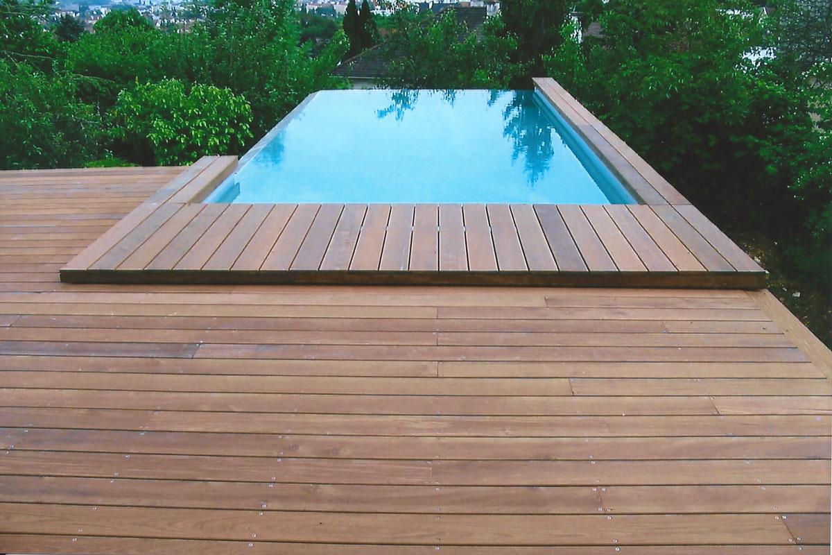 bois pour terrasse piscine latest bois exotique terrasse creation foire de bordeaux pour plage. Black Bedroom Furniture Sets. Home Design Ideas